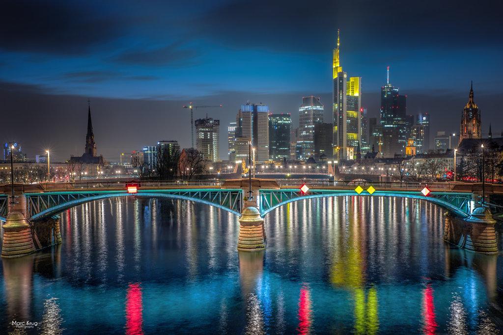 Frankfurt-Skyline-klassiker.jpg