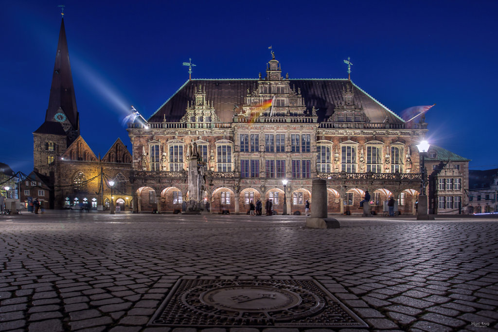 Rathaus-blaue-Stunde-Abend.jpg